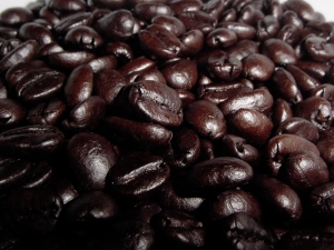 See that beautiful oily sheen?  That's what you should look for in whole bean coffee.